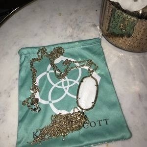 White pearl kendra scott necklace